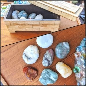 LOT 7 Palm Stones in Bone Inlay box